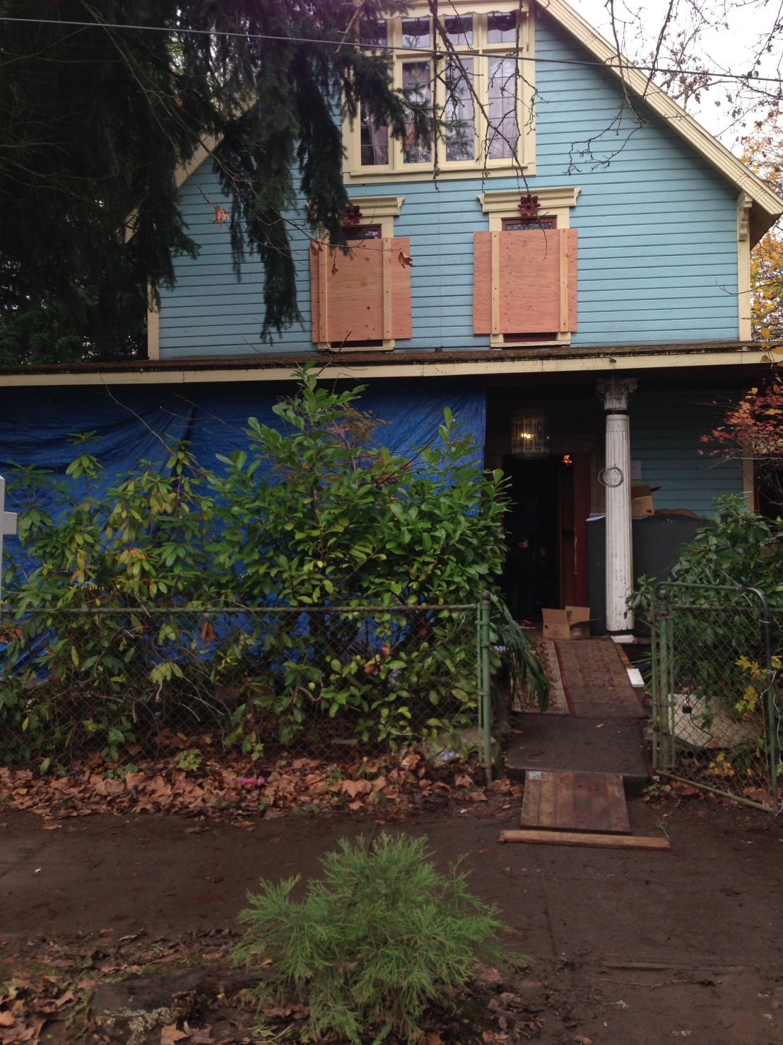 Preview: Behind the Scenes Hoarder House Estate Sale