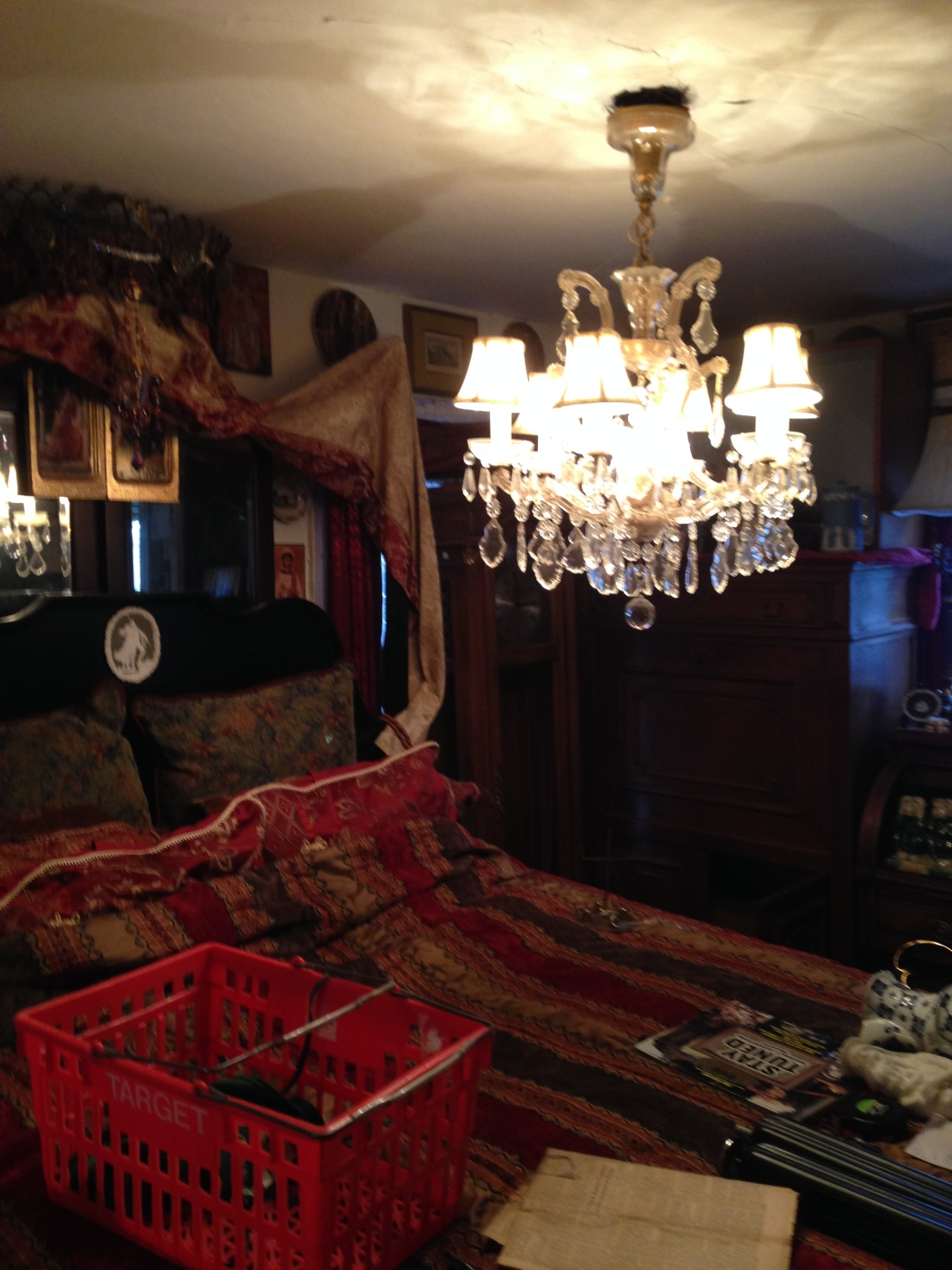 Hoarder House Estate Sale (Part 2): A Tour of the House